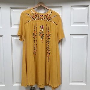 A-line Embroidered Dress / Tunic (Med)